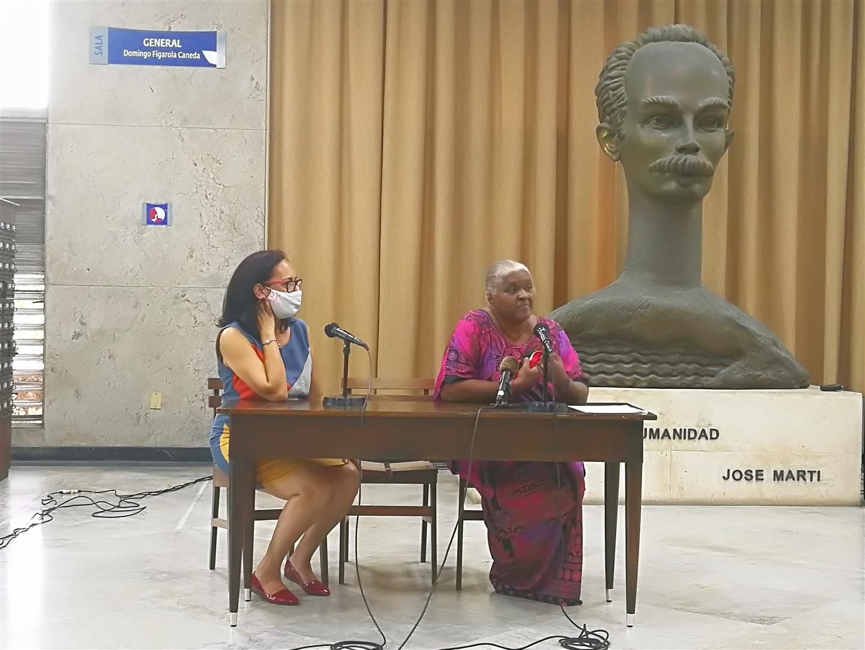 Viuda del Artista y Premio Nacional de Artes Plásticas Pedro de Orá