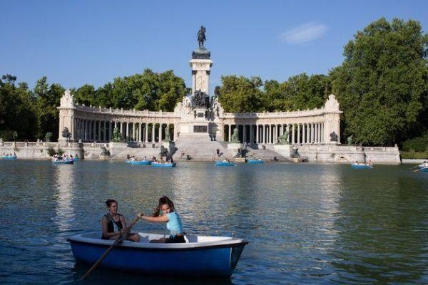 El Paseo del Prado y el Buen Retiro está situado en el centro de la capital española, Madrid. Foto: Huffington Post
